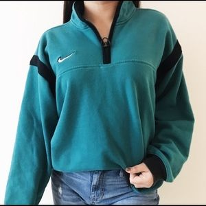 Vintage 90's Teal Nike Pull Over!